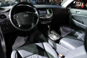 Hyundai Genesis 2012 R-Spec салон